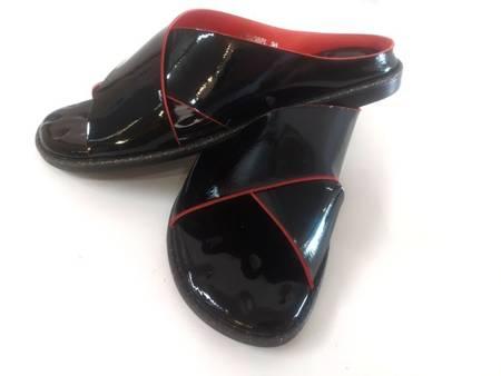 Klapki 1720038PL czarno czerwone Tuffoni ostatnia para 36